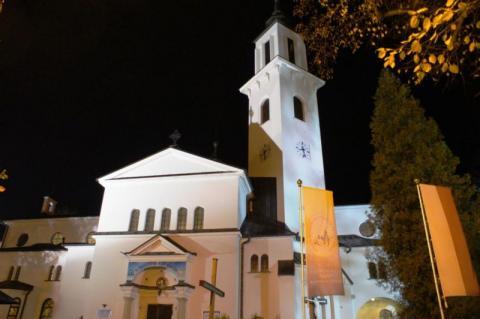 Krynica: kościół parafialny Wniebowzięcia Najświętszej Marii Panny tętni życiem