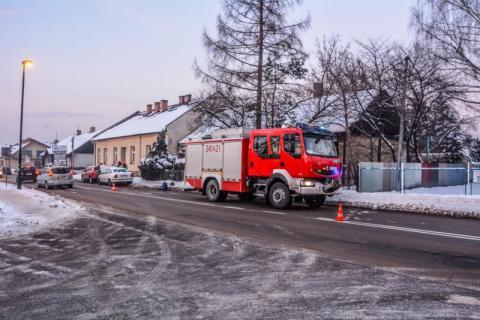 Stłuczka na ul. Nawojowskiej. Zderzyły się dwa samochody