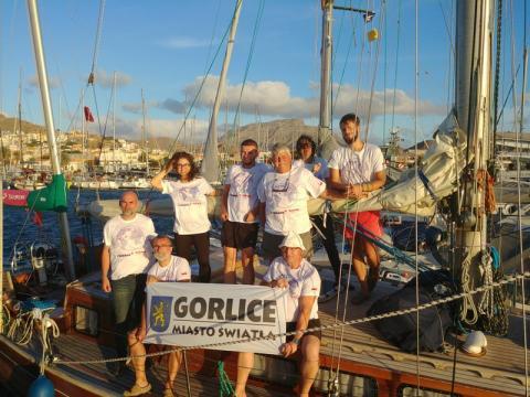 Zimno Wam? Sądeccy żeglarze pozdrawiają gorąco z Barbados!