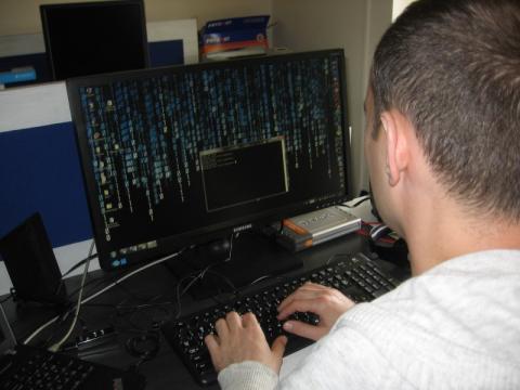 Mailowy atak hakerów. Kradną loginy i hasła do banków