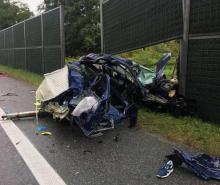 Wielka tragedia. Samochód zderzył się z ciężarówką.Zginęli młodzi ludzie [WIDEO]