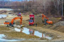 Ciężki sprzęt w korycie Dunajca. Co się dzieje?