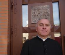 ks. Zbigniew Biernat, proboszcz parafii pw. św. Jana Pawła II w Nowym Sączu. Fot. Iga Michalec