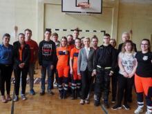 Studenci odwiedzili Zespół Szkół Specjalnych. Uczyli, jak ratować życie ludzkie