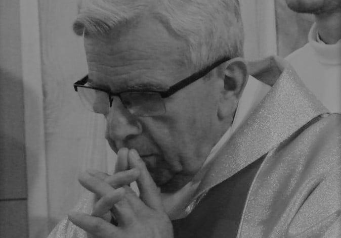 Zmarł śp. ks. Stefan Tokarz. Przez wiele lat pracował w sądeckich parafiach