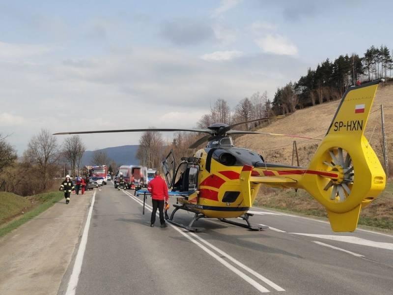 Dramatyczny wypadek w Maszkowicach. Chłopiec potrącił autem swoją siostrę