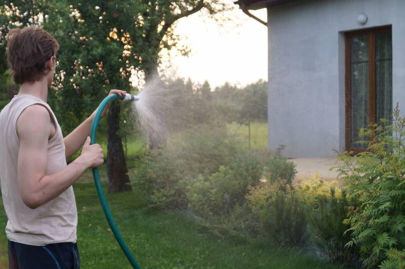 Udowodnij, że zużywasz wodę do podlewania ogrodu, to nie zapłacisz za ścieki