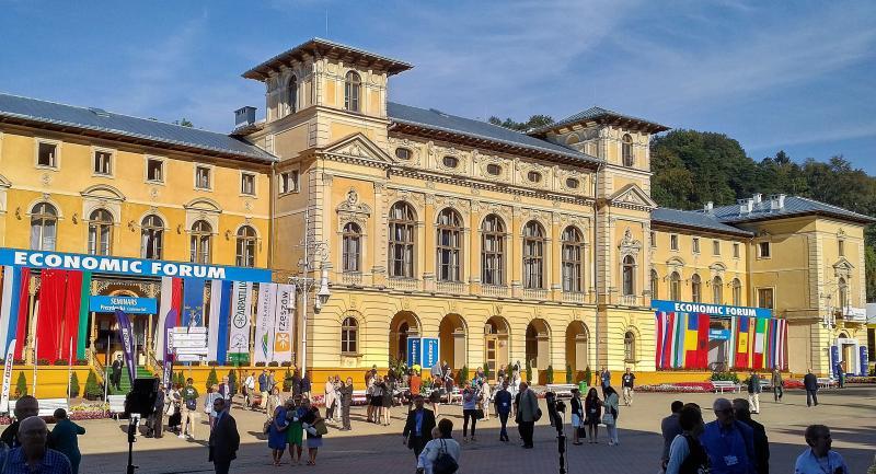 Forum Ekonomiczne i Krynica: oświadczenie Instytutu Studiów Wschodnich