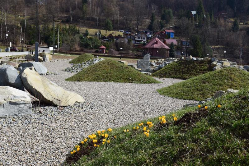 Muszyna: Magiczny Ogród zakwita na wiosnę. Na razie w nim nie pospacerujesz