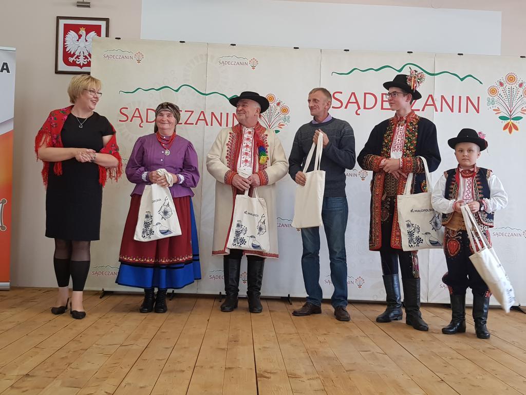 Marta Mordarska wręczyła nagrody w imieniu samorządu województwa małopolskiego
