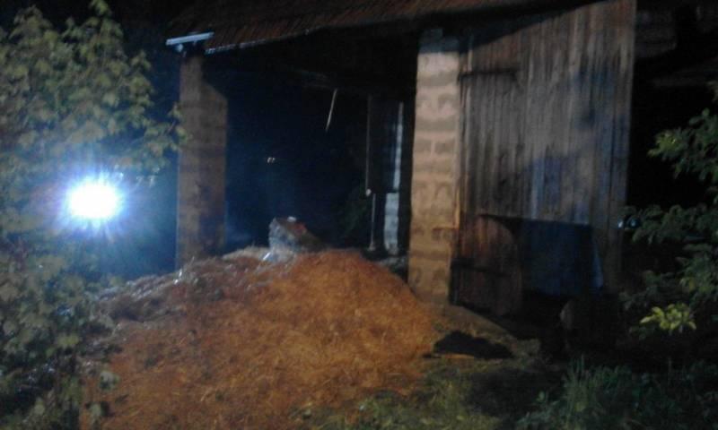 Niskowa, pożar stodoły, akcja nocna strażaków