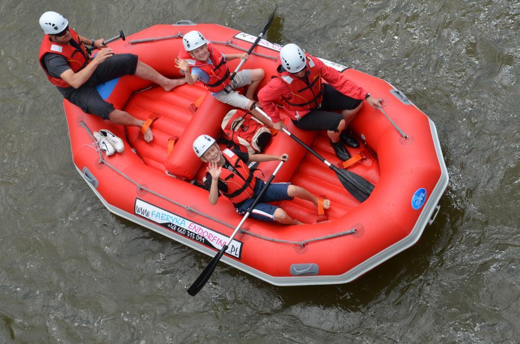 Spływ pontonowy Popradem, Fabryka Endorfiny