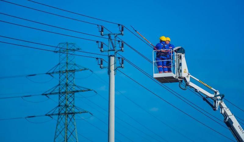 Przerwy w dostawie prądu: zobacz harmonogram dla Sądecczyzny