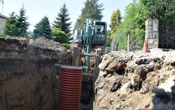 Zobacz ile możesz dostać na przyłącze kanalizacyjne w Starym Sączu