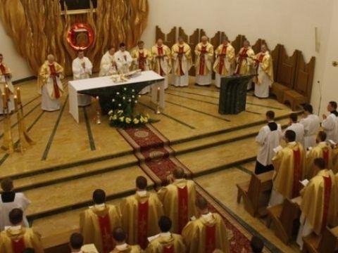 Klerycy trzeciego roku założą sutanny