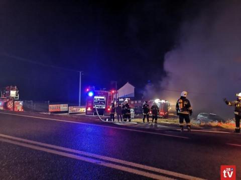 Strażacy przez kilka godzin gasili pożar. Straty są bardzo duże