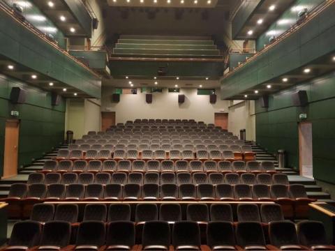 Hit z Nowego Sącza! Z tym cackiem akustycznym obroni się każde kino i teatr