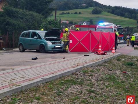 Dramatyczny wypadek w Laskowej. 19-letni motocyklista był reanimowany