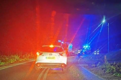 Wypadek w Naściszowej. Motocyklista przewrócił się i sunął po asfalcie 50 metrów