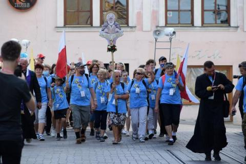 Rozpoczęła się piesza pielgrzymka. Pątnicy wyruszyli na Jasną Górę