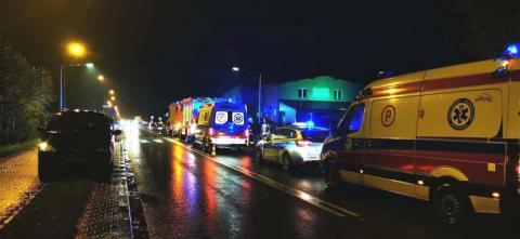 Wypadek na drodze krajowej 75 w Nawojowej. Aż pięć osób poszkodowanych [ZDJĘCIA]