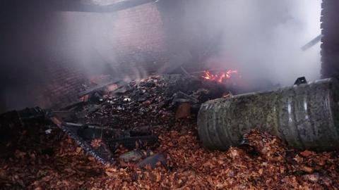 Tragedia przed samymi świętami. W spalonym budynku strażacy znaleźli ciało