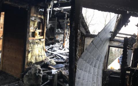 Jak pożarowe zgliszcza wymieszały tragedię Natalii z ludzką dobrocią