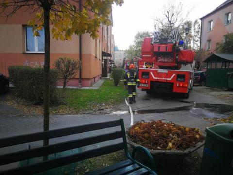 Trzy wozy straży, policja i pogotowie. Co się działo przy Limanowskiego?