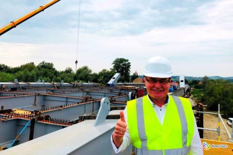 Prezydent Ryszard Nowak na budowie