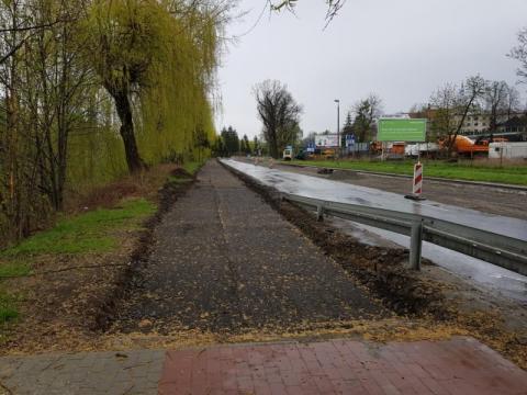 Ścieżka rowerowa przy ul. Bulwar narwiku, fot. Iga Michalec