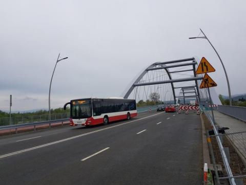 wróciła komunikacja autobusowa na moście, fot. Iga Michalec