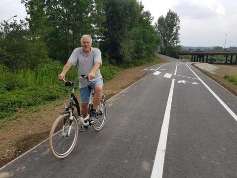Budowa ścieżki pieszo-rowerowej nad Kamienicą zakończona, fot. Iga Michalec