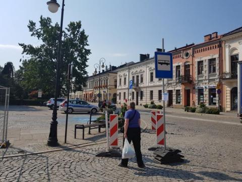 Jak kursują autobusy MPK w rynku, fot. Iga Michalec