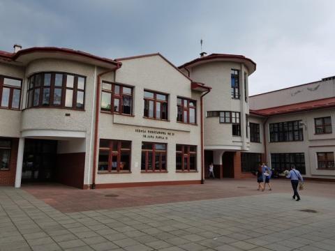 Szkoła Podstawowa nr 21 w nowym Sączu, fot. Iga Michalec