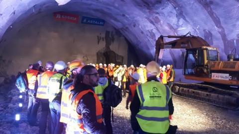 Fetowali przebicie tunelu na zakopiance. Co z naszym tunelem pod Justem? [WIDEO]