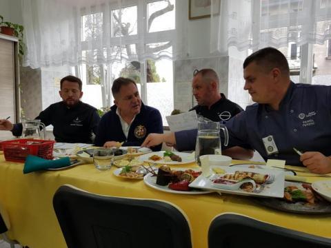 Kucharze w bałkańskiej rywalizacji i Robert Makłowicz odchodzi na emeryturę