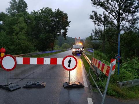 Wojsko mostu zastępczego na Kamienicy nie postawi! A stary nadal zamknięty…