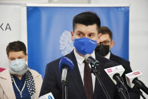 Wojewoda Kmita o pandemii: nie wiemy, co będzie dalej ale jesteśmy przygotowani