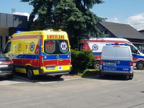Groźny wypadek na terenie jednej z firm. Ranny mężczyzna trafił do szpitala