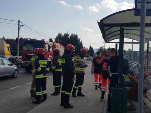 Z ostatniej chwili: wypadek na ul. Węgierskiej. Trwa akcja ratunkowa [ZDJĘCIA]