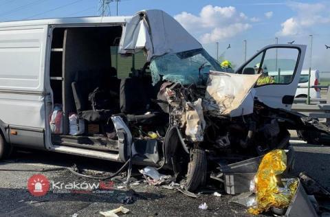 Koszmarny wypadek na autostradzie A4. Lądowały dwa śmigłowce ratownicze