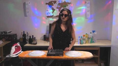 Korona disco. Hit internetu dziewczyny z Podegrodzia nagrany w Monachium [WIDEO]