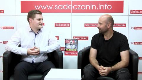 """Rozmowa dnia: Tomasz Jarosz wygrał """"Szansę na sukces"""" i spełnił swoje marzenie."""