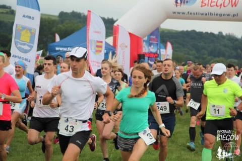 Uwaga na biegaczy! 19 maja opanują Stary Sącz i okolice. Kiedy dokładnie?