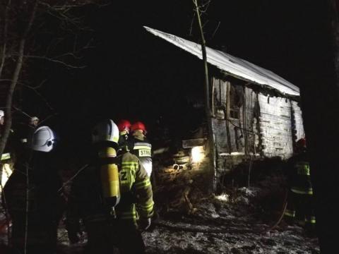 Pożar w Siołkowej. Palił się drewniany budynek