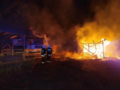 Dwa pożary jednej nocy w tej samej miejscowości. Czy to sprawka podpalacza?