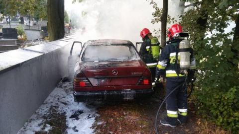 Pożar auta w Żeleźnikowej Wielkiej