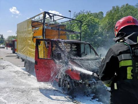 Pożar za pożarem. Paliło się BMW i dostawczak