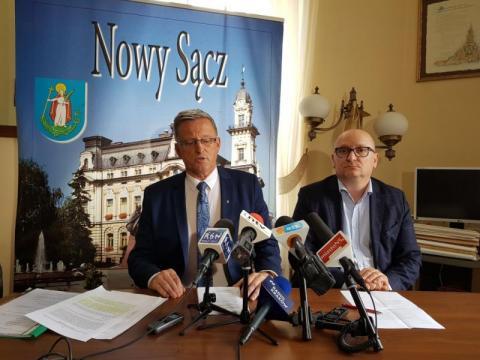 Radny Artur Czernecki i radny Krzysztof Głuc, fot. Iga Michalec