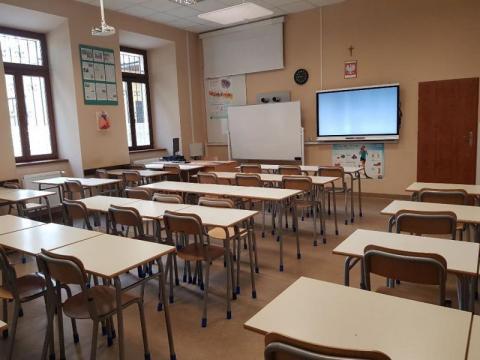 Zamykanie sądeckich szkół przez koronawirusa. Za ile dni to się może stać?